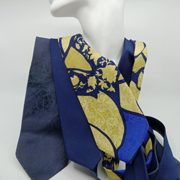 unique-silk-and-superfine-wool-scarf-by-judith-scott-upcycling-by-judithscott