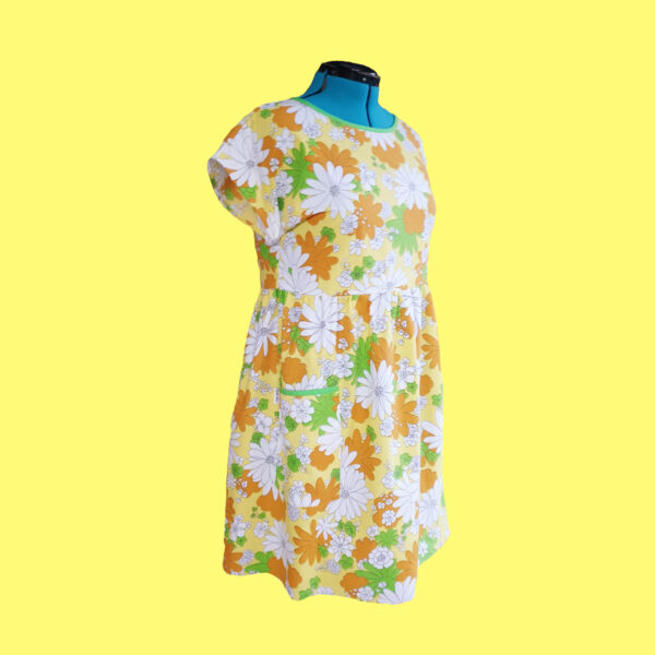 yellow-blossom-dress-size-18-vintage-fabric-smock-dress-by-evilruby Evilruby 382162