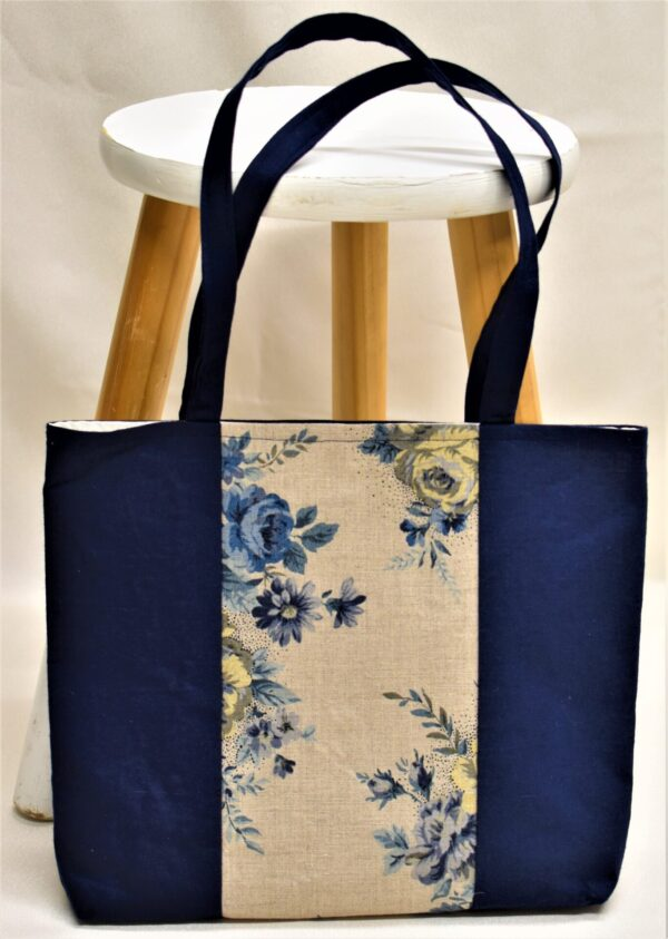 blue-rose-tote-bag-by-helen-macqueen-textile-art Msjayjay 046550