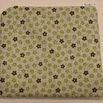 green-privacy-pouch-by-helen-macqueen-textile-art Msjayjay 806738