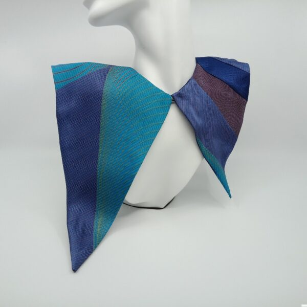 turquoise-and-blue-silk-detachable-collar-by-judith-scott-upcycling judithscott 586720