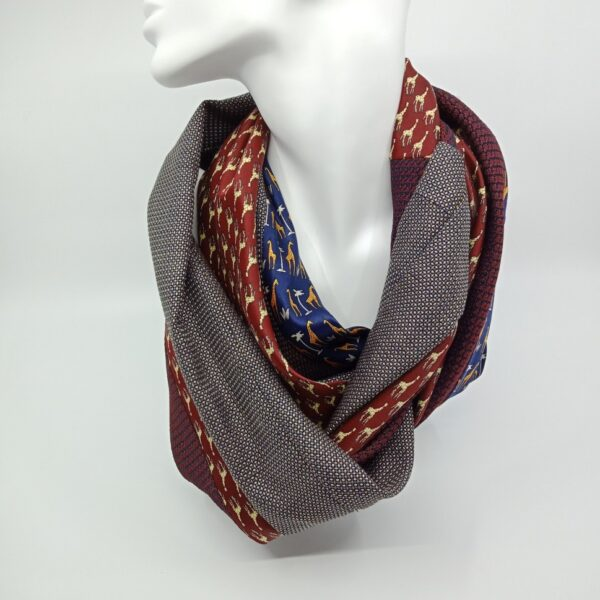 mostly-maroon-silk-and-wool-scarf-by-judith-scott-upcycling judithscott 184136