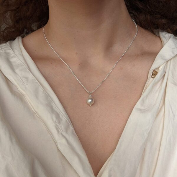 ornate-necklace-in-sterling-silver-by-little-hangings littlehangings 443733