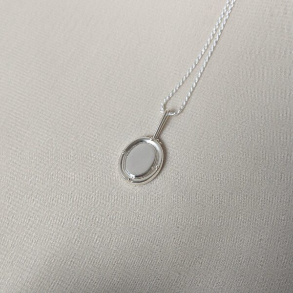 portrait-necklace-in-sterling-silver-by-little-hangings littlehangings 620596