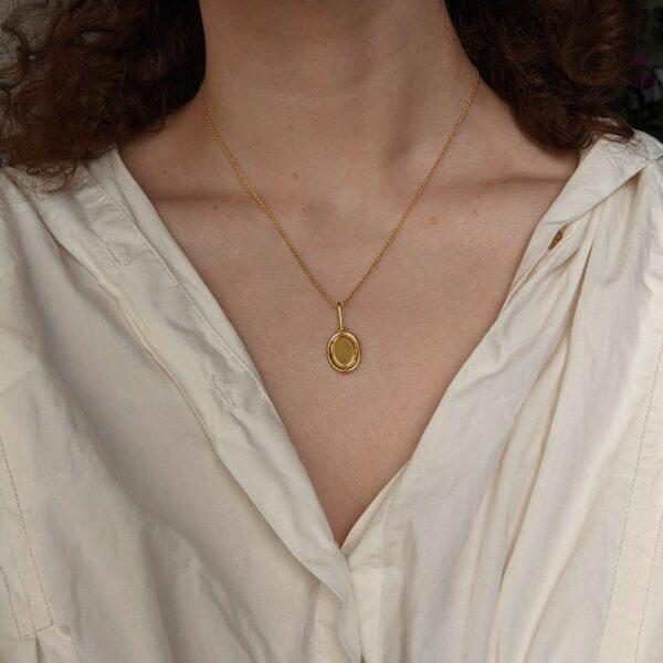 portrait-necklace-in-sterling-silver-by-little-hangings littlehangings 893032
