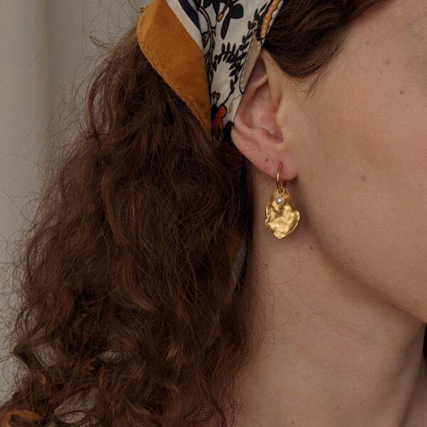 flourish-hoop-earrings-in-argentium-silver-by-little-hangings littlehangings 700032