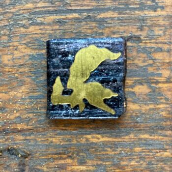 abstract-in-gold-miniature-brooch-by-nancydee-sculptures nancylane 028284