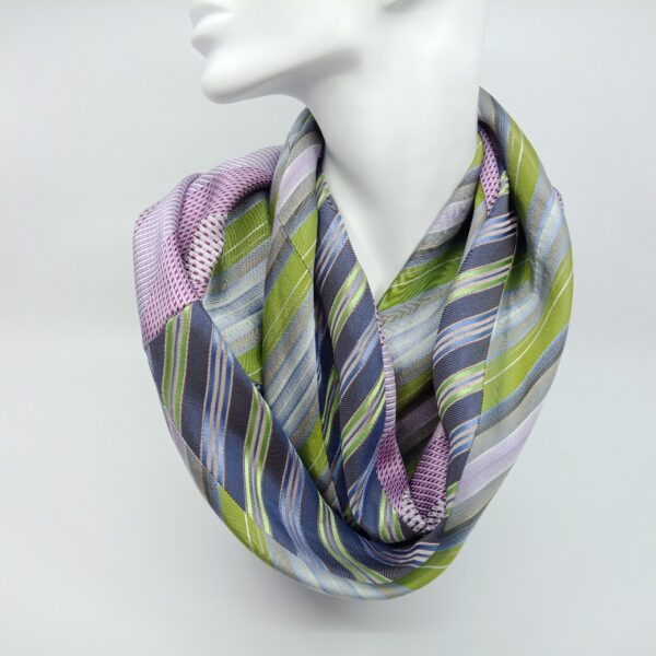 apple-green-and-lilac-silk-scarf-by-judith-scott-upcycling judithscott 804585